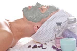 czym różni się kosmetolog od kosmetyczki